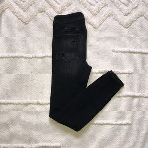 Distressed high waisted skinny jeans size 6